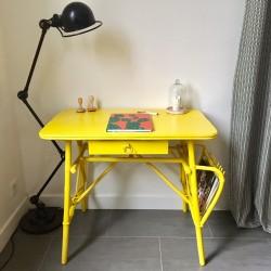Bureau rotin jaune